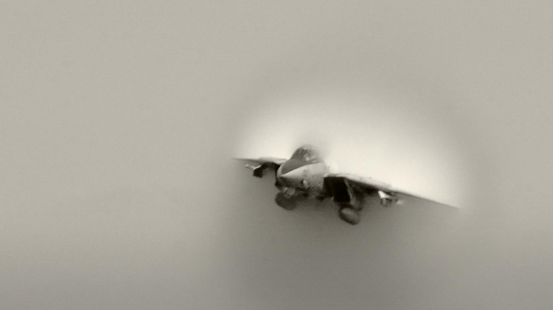 s4e1-supersonic